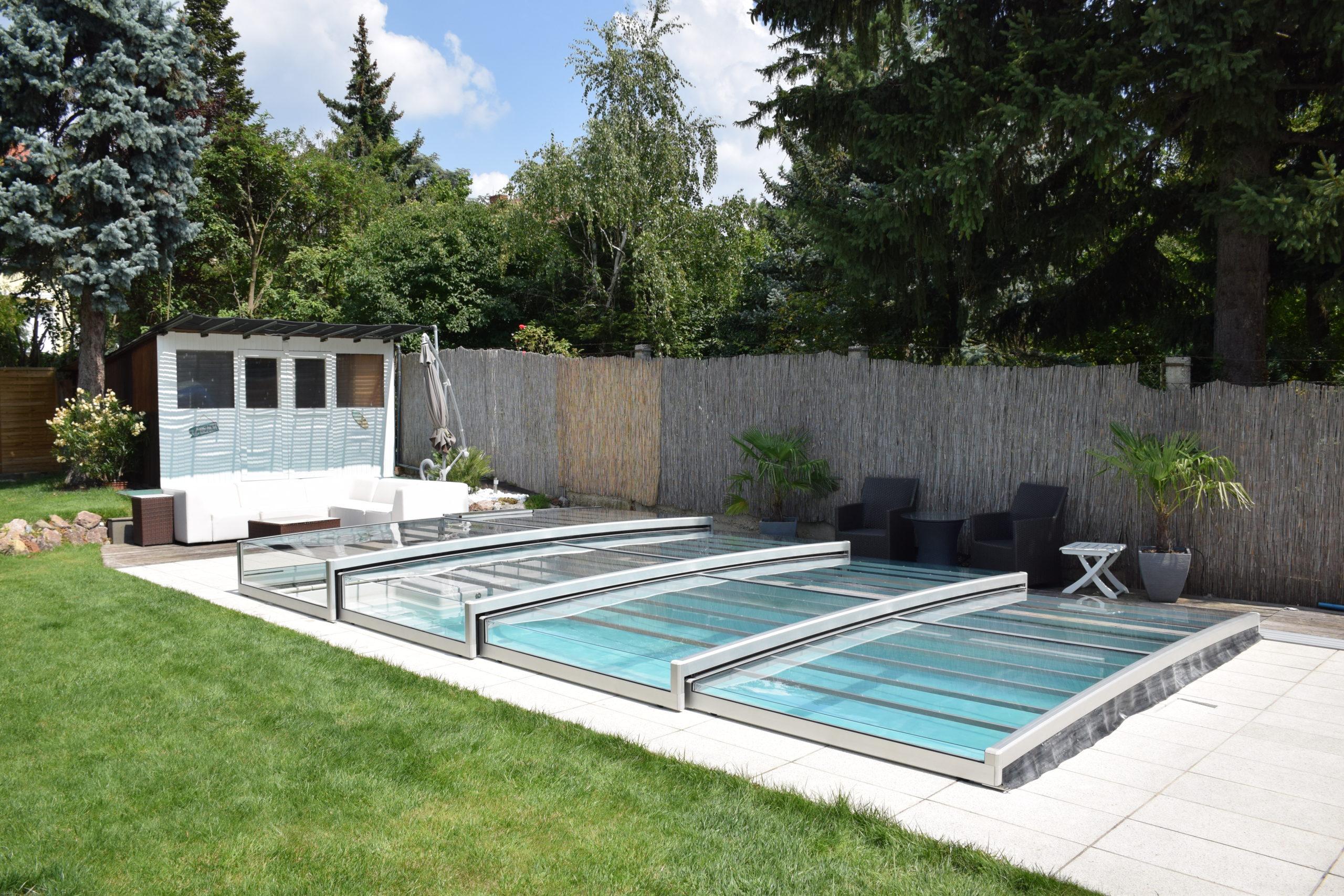 Schwimmbadüberdachungen
